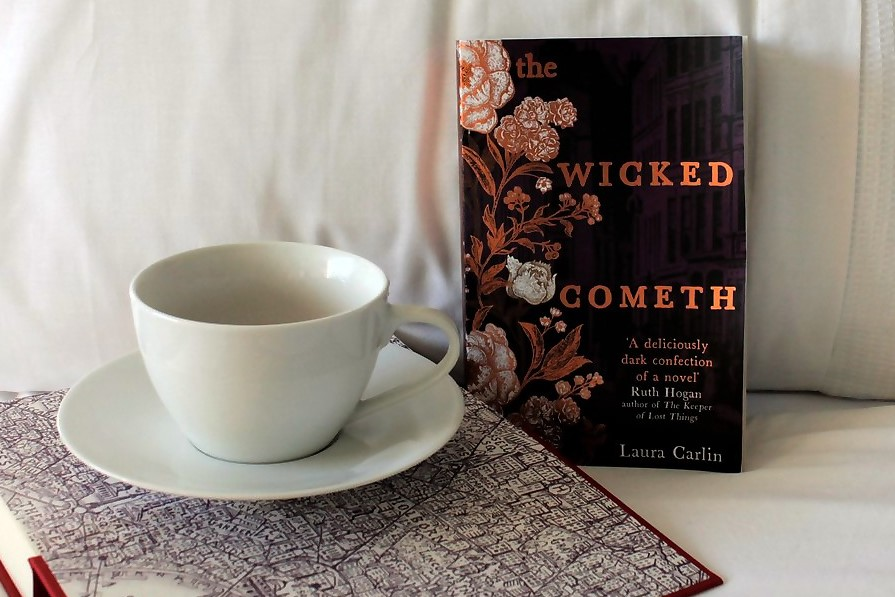 Book: The Wicked Cometh by Laura Carlin