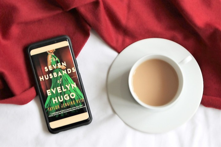 Book: The Seven Husbands of Evelyn Hugo, Taylor Jenkins Reid